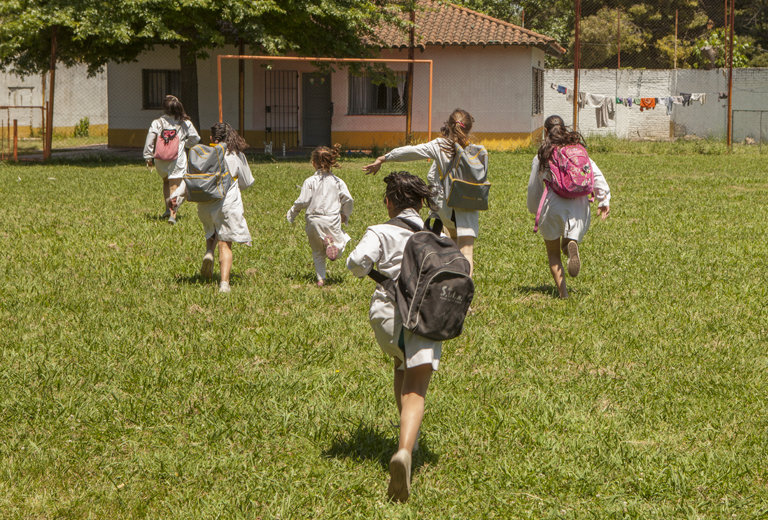 Mensajeros de la Paz gives back rights to vulnerable children in Argentina