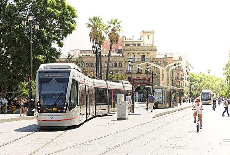 En bicicleta por la ciudad de Sevilla
