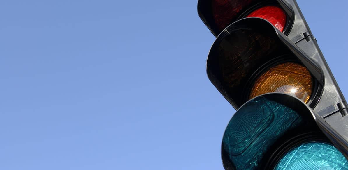 Descubre formas fáciles y divertidas de explicar a tus hijos la utilidad de los semáforos