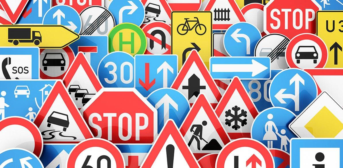 Las señales de tráfico ofrecen información vital