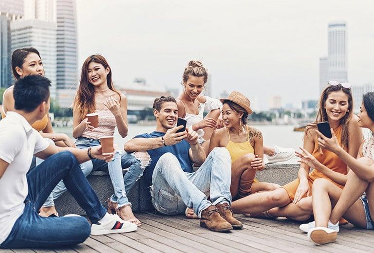 Intercambio de conocimientos entre millennials